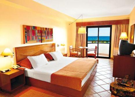 Hotelzimmer mit Volleyball im Vila Galé Fortaleza