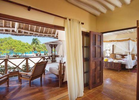 Hotelzimmer mit Volleyball im Neptune Pwani Beach Resort & Spa
