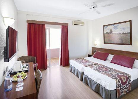 Hotelzimmer mit Minigolf im Hotel Catalonia Punta del Rey