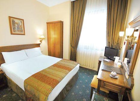 Hotelzimmer mit Aufzug im Golden Crown