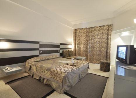 Hotelzimmer mit Yoga im Palmyra Holiday Resort & Spa
