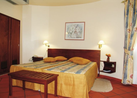 Hotelzimmer im Cabanas de Sao Jorge Village günstig bei weg.de