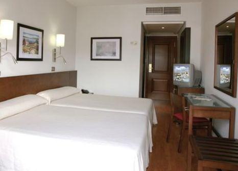 Hotelzimmer mit Tischtennis im Helios Lloret de Mar