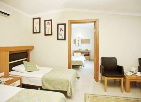 Hotelzimmer mit Mountainbike im Crystal Flora Beach Resort