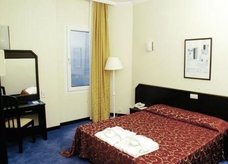 Hotelzimmer mit Tennis im Adonis Hotel