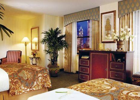 Hotelzimmer mit Golf im Hilton Chicago