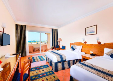Hotelzimmer mit Volleyball im BLISS Nada Beach Resort