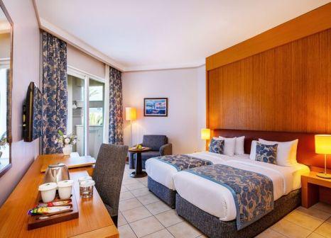 Hotelzimmer mit Volleyball im LABRANDA Alantur