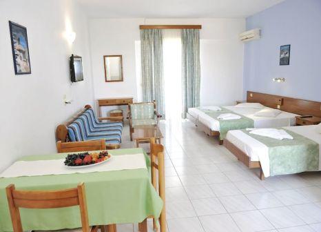 Hotelzimmer mit Mountainbike im Maritime Hotel Aparts