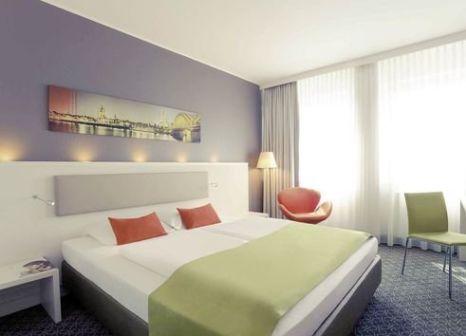 Hotelzimmer mit Mountainbike im Mercure Hotel Severinshof Koeln City
