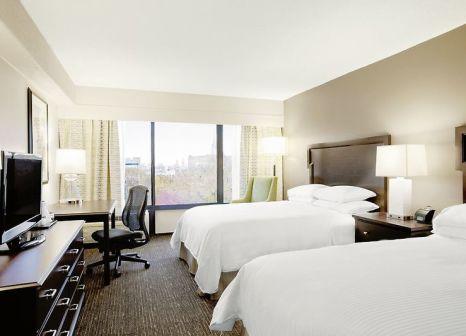 Hotelzimmer mit Pool im Wyndham Philadelphia Historic District