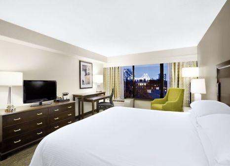 Hotelzimmer mit Hochstuhl im Wyndham Philadelphia Historic District