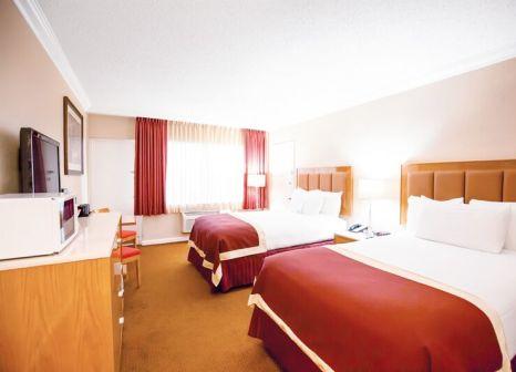 Hotelzimmer mit Tennis im Ocean Sky Hotel & Resort