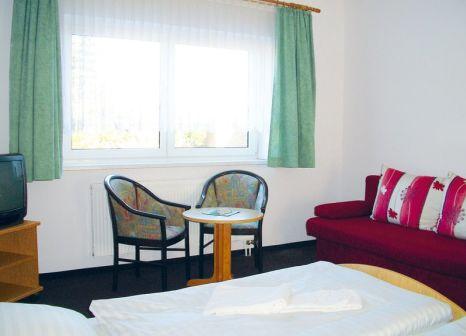 Hotelzimmer mit Tischtennis im Lugsteinhof