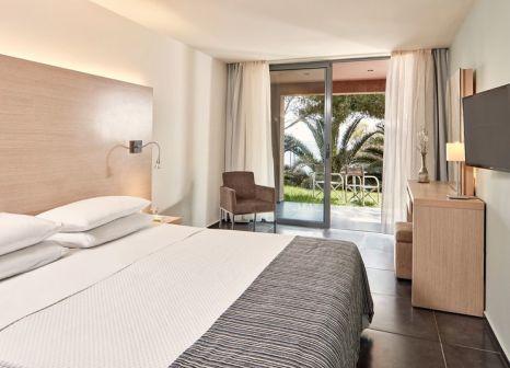 Hotelzimmer mit Volleyball im Atlantica Carda Beach