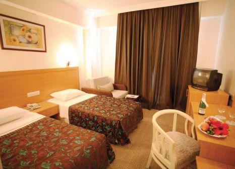 Hotelzimmer im Perdikia Beach Hotel günstig bei weg.de