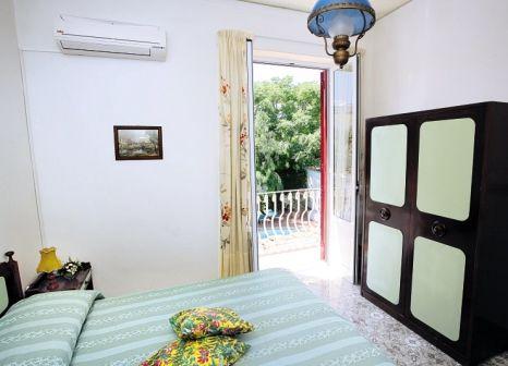 Hotelzimmer im Hotel Villa Tina günstig bei weg.de