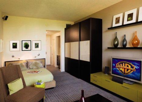 Hotelzimmer mit Volleyball im Marriott Vacation Club Pulse, South Beach
