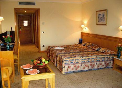 Hotelzimmer im Orient Palace günstig bei weg.de
