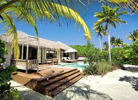 Hotelzimmer mit Tennis im Noku Maldives