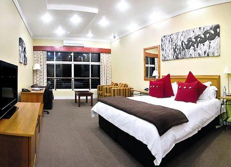 Hotelzimmer mit Mountainbike im Protea Hotel Stellenbosch