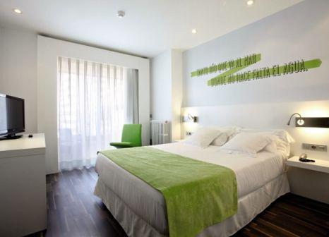 Hotelzimmer mit Tischtennis im Costa Azul