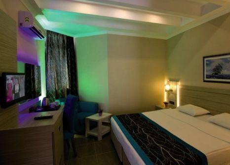 Hotelzimmer mit Mountainbike im Kaila Beach Hotel