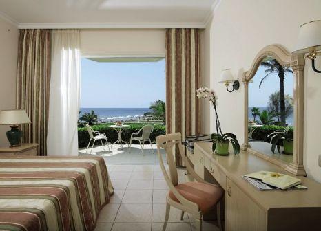Hotelzimmer mit Volleyball im Rodos Palladium Leisure & Wellness