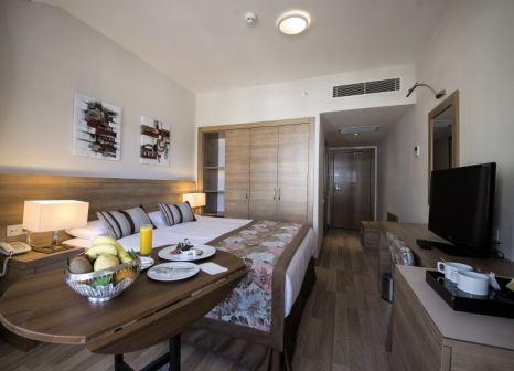 Hotelzimmer im Ramada Resort Lara günstig bei weg.de