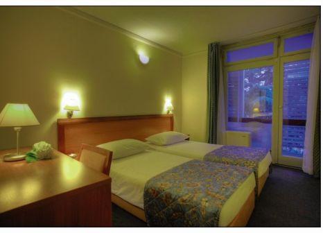 Hotelzimmer im Amadria Park Hotel Jure günstig bei weg.de