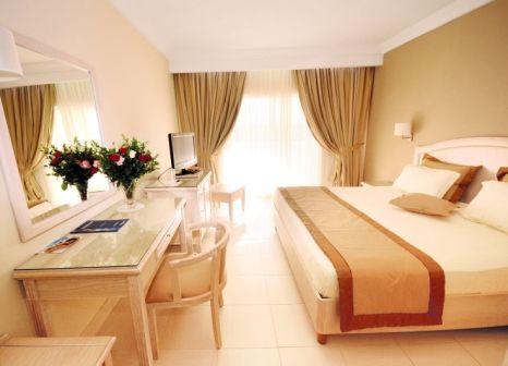 Hotelzimmer mit Volleyball im SprinClub Djerba Golf & Spa