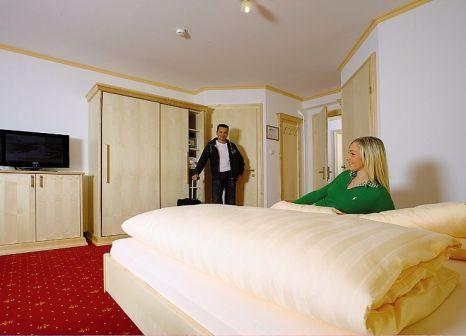 Hotelzimmer mit Tischtennis im Urslauerhof