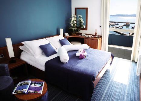 Hotelzimmer mit Mountainbike im Hotel Kornati