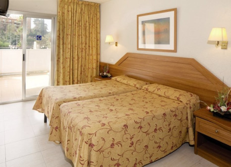Hotelzimmer mit Tischtennis im HTOP Royal Beach