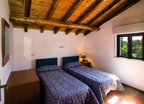 Hotelzimmer mit Tischtennis im Villaggio Alkantara