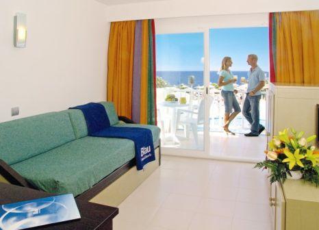 Hotelzimmer mit Volleyball im Blau Punta Reina Family Resort