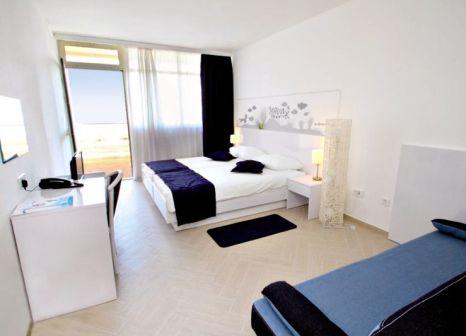 Hotelzimmer mit Tischtennis im Hotel Cavtat