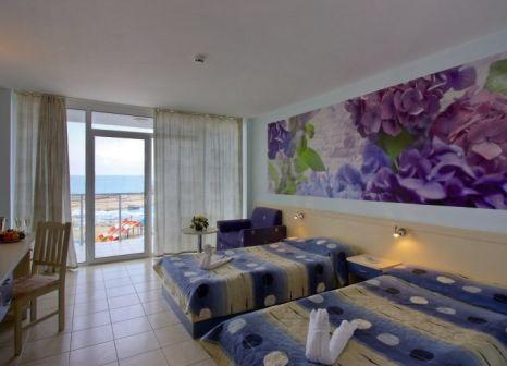 Hotelzimmer im Dolphin Marina günstig bei weg.de