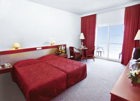 Hotelzimmer im Day&Night Connected Club Hydros günstig bei weg.de