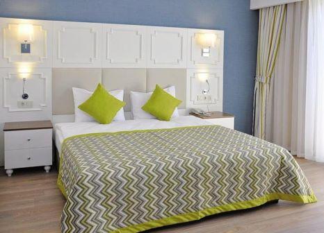 Hotelzimmer im Side Crown Charm günstig bei weg.de