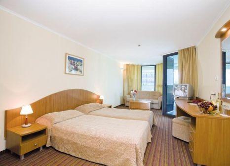 Hotelzimmer mit Mountainbike im Bellevue Hotel