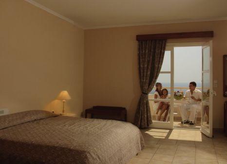 Hotelzimmer mit Mountainbike im Family Village Beach Hotel