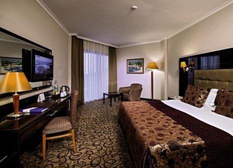 Hotelzimmer mit Volleyball im Maritim Pine Beach Resort Belek