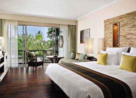 Hotelzimmer mit Yoga im ROBINSON Club Khao Lak