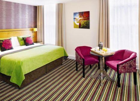 Hotelzimmer mit Hochstuhl im North Star Hotel