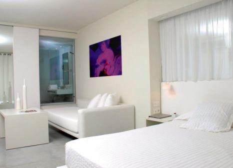 Hotelzimmer mit Golf im El Hotel Pacha