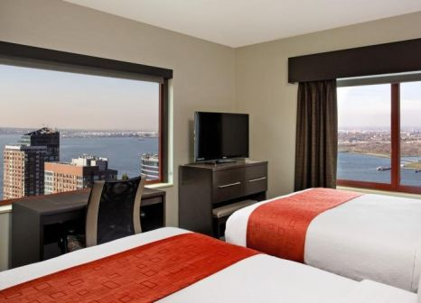 Hotelzimmer mit Golf im Holiday Inn Manhattan - Financial District