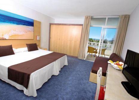 Hotelzimmer mit Tischtennis im HL Rondo Hotel