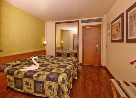 Hotelzimmer mit Tischtennis im Blue Bay