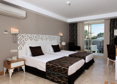Hotelzimmer mit Volleyball im Horus Paradise Luxury Resort